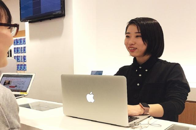 Apple製品修理サービス【ビックロ新宿東口店】の画像・写真